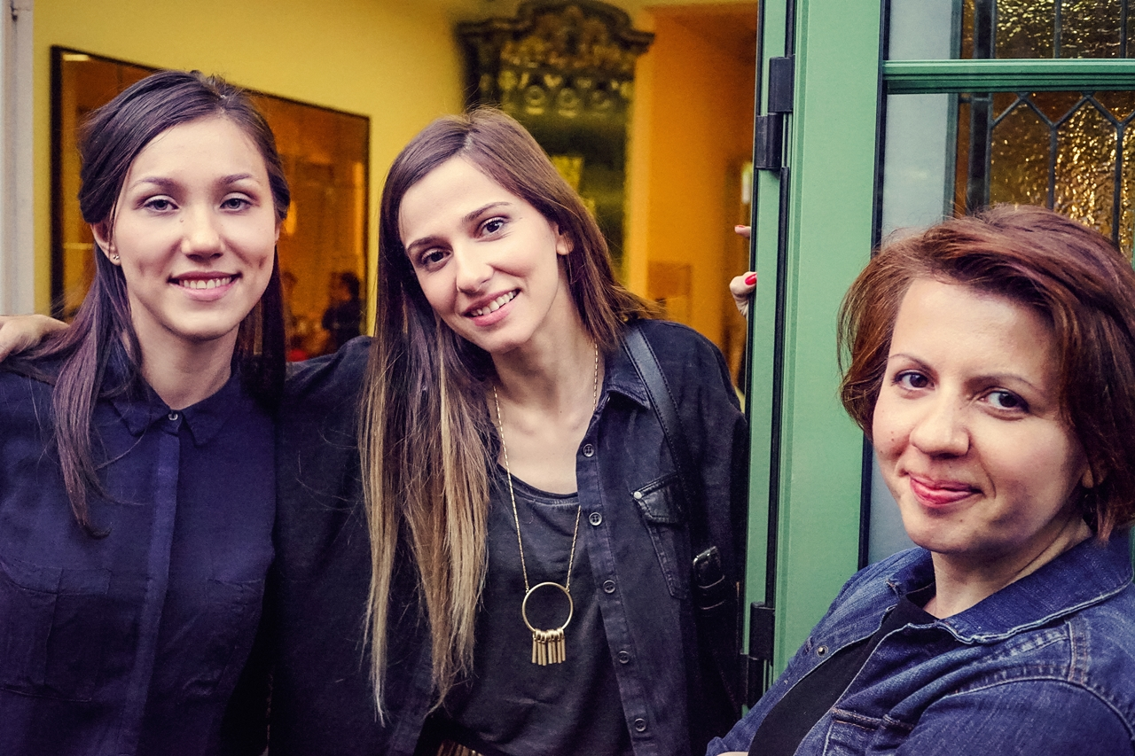 întâlnire femeie cu femeie)